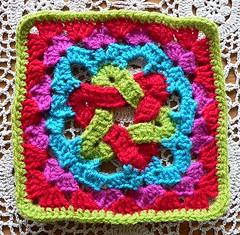 Granny's More Complex Star (Lindevrouwsweb) Tags: grannysquare haken vierkantjes