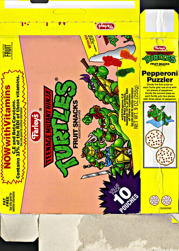 "Farley's ""Teenage Mutant Ninja Turtles"" Fruit Snacks - 'Pepperoni Puzzler'  ii (( 1996 ))"
