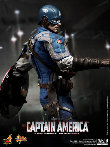 Hot Toys - Captain America_The First Avenger_Captain America_PR12