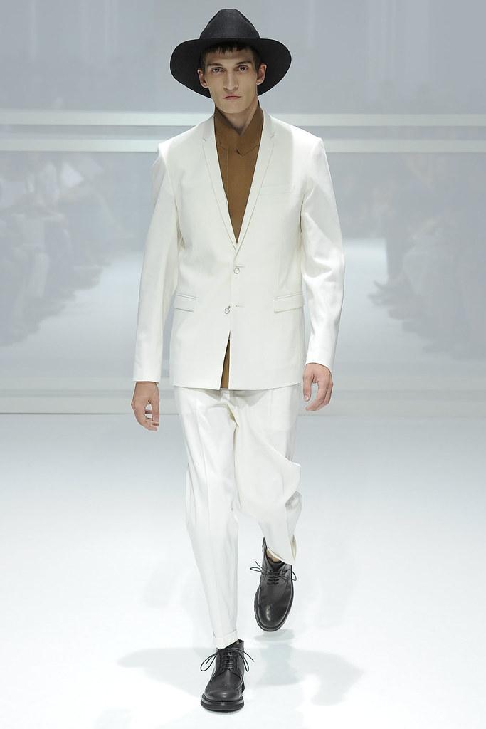 SS12 Paris Dior Homme015_Matvey Lykov(VOGUEcom)