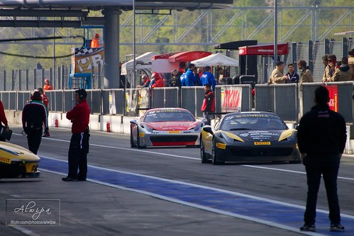 "Ferrari Challenge, EuroV8Series, EuroGTSprint • <a style=""font-size:0.8em;"" href=""http://www.flickr.com/photos/104879414@N07/13651866004/"" target=""_blank"">View on Flickr</a>"