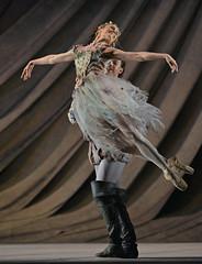 Joseph Caley, Jenna Roberts (DanceTabs) Tags: dance ballet brb birminghamroyalballet dancers classocalballet shakespeare