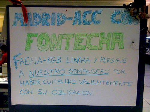 Cartel de apoyo a Fontecha en el ACC de Madrid