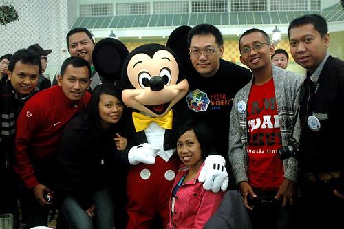 Bersama Mickey Mouse