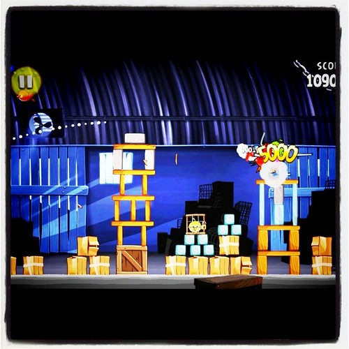I blame my husband for today's addiction of Angry Birds Rio