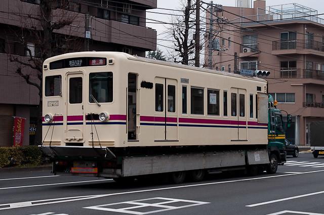 京王電鉄6000系 デハ6417 搬出