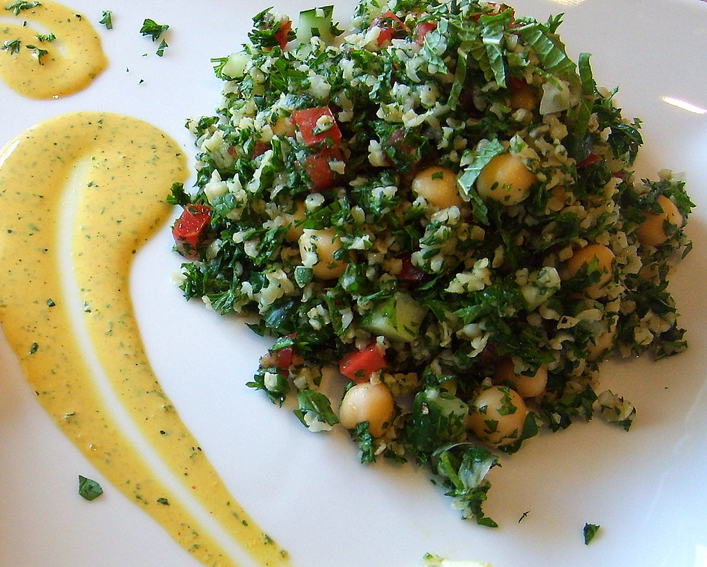 Tabbouleh Salad with Tahini Mint Sauce | Leafy Greens and Me