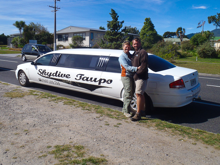 Skydive-taupo-limo-pick-up