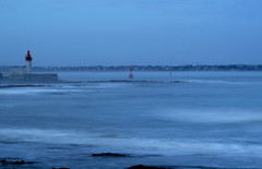 Loctudy (Pasteille) Tags: mer bleu phare loctudy poselongue