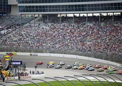 Drive it in deep (Robert.Rich) Tags: jeffgordon nascar daleearnhardtjr mattkenseth texasmotorspeedway jimmiejohnson sprintcup samsungmobile500
