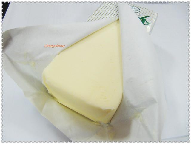 110330 橄欖棍子 vs ECHIRE奶油-02