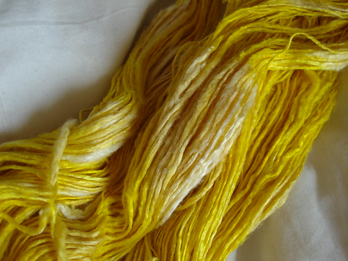 Will turmeric fade is turmeric dye light fast dyeing silk yarn with turmeric spice