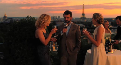 Midnight in Paris Torre Eiffel y party