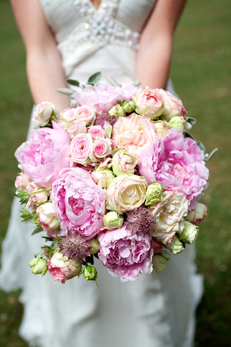 wedding flower cost cost of wedding flowers wedding planning discussion forums 9488