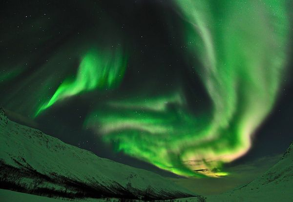 january-2011-northern-lights-aurora-borealis-tromso-kattfjordeide_31398_600x450