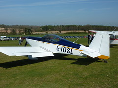 G-IOSL (Busnplanes) Tags: pophamairfield vansrv9 giosl jodelflyin