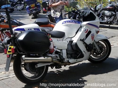 Moto police 1