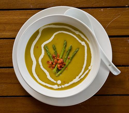 asparagus soup 47695_433326233275_693313275_4882057_1697627_n