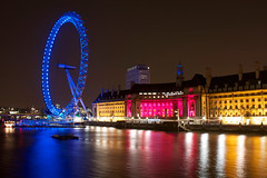 London by Night II {explored} (Olly Plumstead) Tags: pink blue white london eye water yellow thames night canon reflections long exposure cityscape ripple late olly glisten plumstead 450d