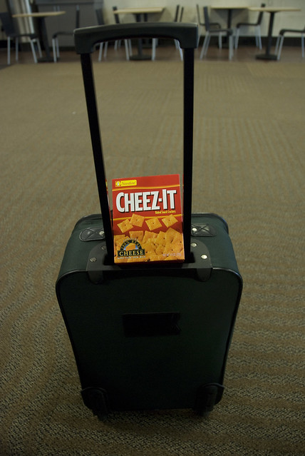 16/52 airport cheez it