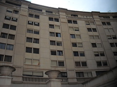 Edificio emblematico de Benidorm. Pida más información en su agencia inmobiliaria Asegil de Benidorm  www.inmobiliariabenidorm.com