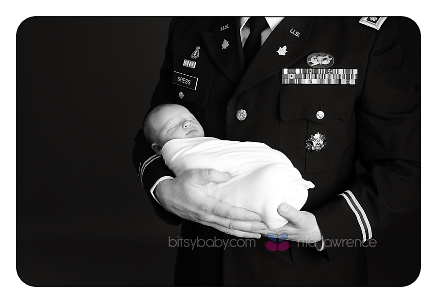 newborn photography military Dad