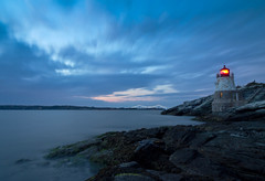 Castle Hill Lighthouse (Jim Boud) Tags: longexposure travel sunset sky lighthouse seascape clouds landscape dusk newengland rhodeisland newport bluehour beacon castlehill artisticphotography bulbexposure newportbridge narragansettbay claibornepell castlehilllighthouse jimboud canoneos60d jamesboud