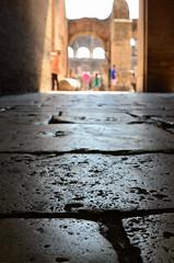 Colosseum, Rome (lienete) Tags: city people italy rome buildings ruins stones colosseum ancientbuildings nikond7000