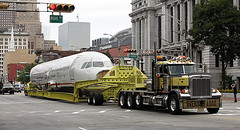 Hauling the Hudson River Jet (jack byrnes hill) Tags: peterbilt heavyhauler worldtruck