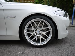 "White F10 on 20"" Sig Silver VS8.2 (MORR Wheels) Tags: wheels 911 modular porsche sofla mercedesbenz bmw cayman z4 m3 audi bbs 19 forged concave 1pc monoblock e46 hre e90 ms10 lightweight morr 335 ms8 vs7 2pc e92 335i 3pc e93 monoblok vs82 vs8 forgedwheels forgedrims spunforged monoforged morrwheels multiforged ms8r ms10r"