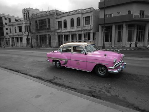Pink car - Havana