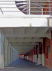 IMG_9379 (carlos_ar2000) Tags: argentina architecture arquitectura buenosaires stair gallery balcony galeria perspective escalera perspectiva column banister curve balcon puertomadero columna curva baranda oltusfotos