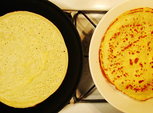 Crepes (Making)