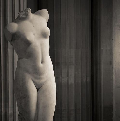 A l'horizon monte une nue... by Yvan LEMEUR