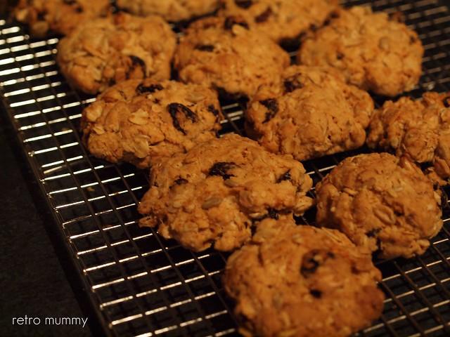 mmmmm hot cookies
