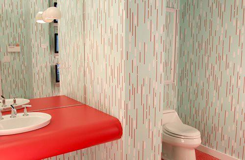 Modern wallpaper in the bathroom: Twenty2 'Columbia Heights'