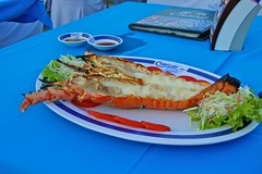 Lobster at Chaolay Seafood restaurant in Hua Hin, Thailand (UweBKK ( 77 on )) Tags: food thailand restaurant asia sony lobster seafood southeast alpha dslr chao hua hin huahin lay 550 internationalfood chaolay