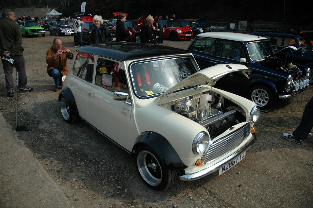 The World's most recently posted photos of 1380 and clubman - Flickr