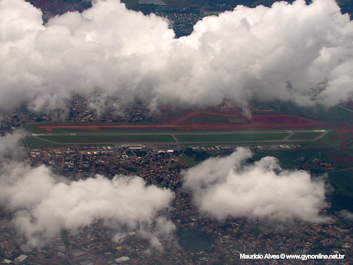 Aeroporto Santa Genoveva - Goiânia, Goiás by GYN Online