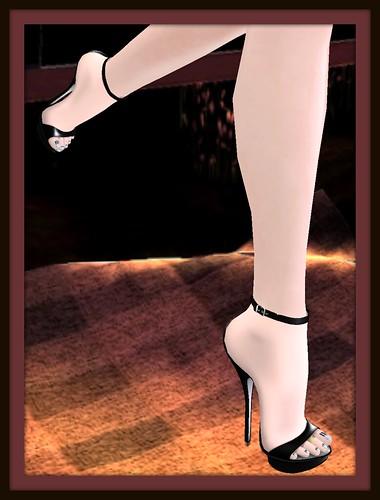N-core heels 1