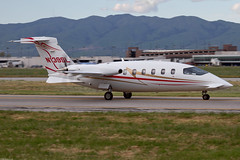 N139SL (buzz100ca) Tags: california private airplane flying airport san taxi aircraft aviation jose landing business international airline sjc arrival charter piaggio avanti p180 ksjc n139sl