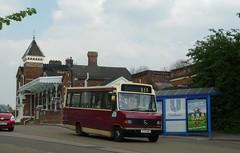 Sunray Travel surprise! (bobsmithgl100) Tags: bus station rail surrey beaver mercedesbenz nak leatherhead plaxton 709d route516 p174 p174nak sunraytravel