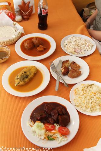 Food at a comida corrida