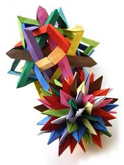 Annapurna and QRSTUVWXYZ Star (Aneta_a) Tags: origami symmetry ow lang planar polyhedron polyhedra modularorigami robertjlang icosahedral polypolyhedra owsunit edgeunit simplepaper