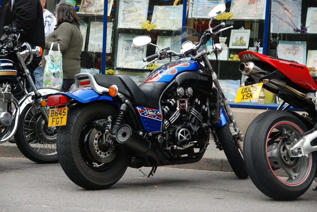 Yamaha Vmax Sam Tait Tags Street Max Car Chopper Bath Twin Spots V