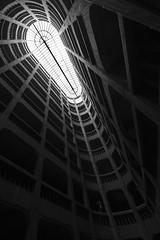 Garage hélicoïdal (Yoggibat) Tags: park blackandwhite white black architecture grenoble noir noiretblanc garage parking tokina uga blanc urbain isère grandangle 1116 hélicoïdal tokina1116mmf28atx