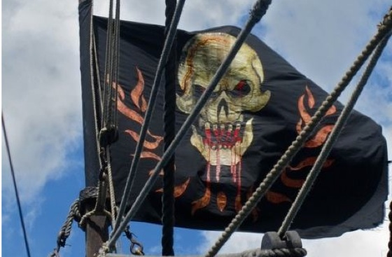 pirates-of-the-caribbean-on-stranger-tides-blackbeards-flag-3-1-11-kc