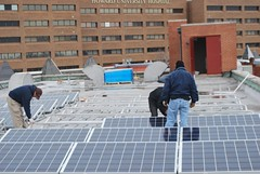 solar panels being installed on the church (by: Volt Energy via Elesha Barnette, Politics365)