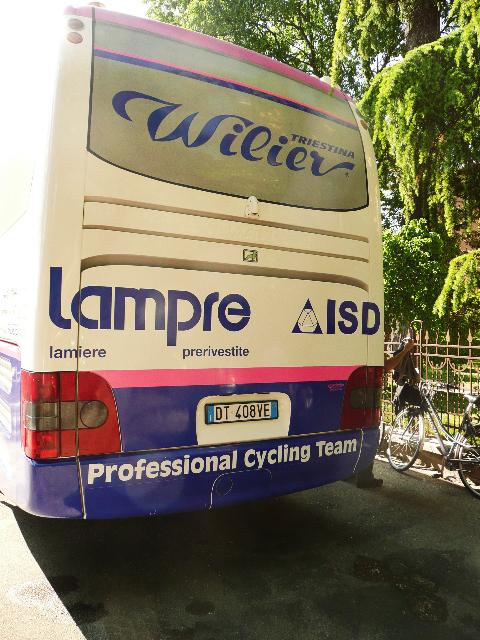 Lampre team bus