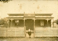 Des, age five, Terang (1915) (pellethepoet) Tags: photograph child boy kid house cottage architecture fence verandah terang victoria australia lyonsstreet
